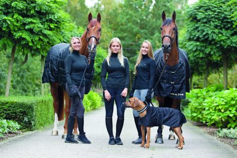 Girls in Polos Linda Beelen 4_press